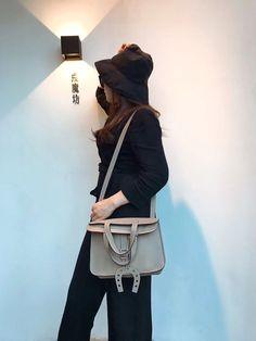 9b8b6d2b1be1 Hermes Halzan Togo Leather Bag