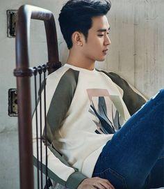 ZioZia S/S 2017 ❤❤ 김수현 Kim Soo Hyun my love ♡♡ love everything about you. Hyun Kim, Jun Ji Hyun, Korean Star, Korean Men, Korean Wave, My Love From Another Star, Lee Bo Young, Handsome Korean Actors, Yoo Ah In