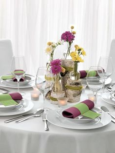 22 Hochzeitsdekorationen Tuerkis Tisch Dekoideen Vintage Jute Tisch