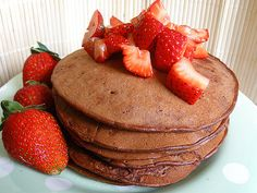 Simple Chocolate Protein Pancakes.INGREDIENTS 1 Scoop Chocolate Whey Protein Powder 2 Eggs 4 Strawberries DIRECTIONS Mix ingredients in a bowl. Cook pancakes and serve with chopped strawberries on top.
