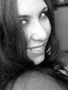 Justine aka justine_muller   Geekette spécialisé dans la communication visuelle. - #libriste, contributrice @ubuntufr, @mozilla_fr… - #webdesign