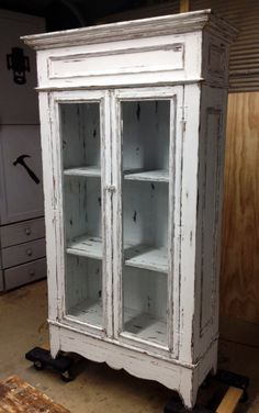 Country China Cabinet.. Solid Pine.. Made by Chateau Pre'vo... Hutch Furniture, Furniture Fix, Primitive Furniture, Diy Furniture Projects, Distressed Furniture, Refurbished Furniture, Repurposed Furniture, Painted Furniture, Vintage Shabby Chic
