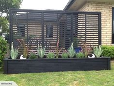 *3 metre PLANTER WITH TRELLIS* IN BLACK | Trade Me: