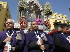 People carry an image of the Lord of Miracles, Lima's patron saint, during a Holy Week procession on Good Friday in Lima, Peru on April March Equinox, A Moveable Feast, Jesus Resurrection, Lima Peru, Holy Week, Patron Saints, Good Friday, New Testament, Latin America