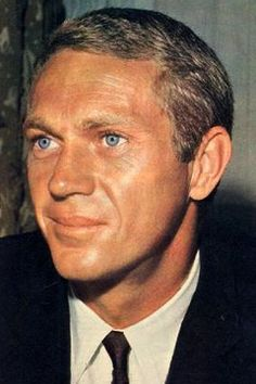 Damon he had pretty eyes! Hollywood Actor, Hollywood Stars, Hollywood Actresses, Classic Hollywood, Old Hollywood, Actors & Actresses, Steeve Mcqueen, Steve Mcqueen Style, Clint Walker
