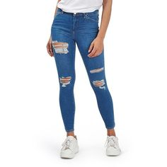 Women's Topshop Moto 'Leigh' Super Ripped Ankle Skinny Jeans (49.685 CLP) ❤ liked on Polyvore featuring jeans, mid denim, destroyed skinny jeans, denim skinny jeans, white distressed jeans, skinny jeans and distressed jeans