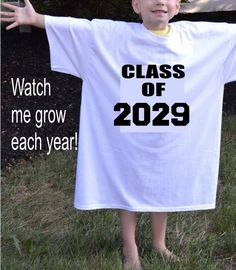 2031 shirt class, children's garden t-shirt, first day school photo prop, preschool child . Preschool Graduation Gifts, Kindergarten Graduation, High School Graduation, Graduate School, First Day School, Pre School, School Fun, Kindergarten Shirts, Kindergarten Pictures