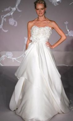 Jim Hjelm 8101 12: buy this dress for a fraction of the salon price on PreOwnedWeddingDresses.com
