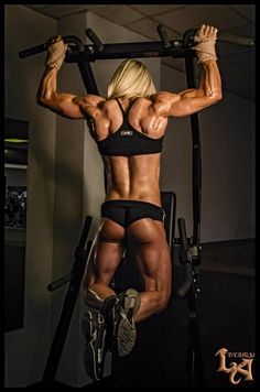 Liftcorp is the ultimate place to find functional, stylish gym clothes in the Melbourne area. Find bodybuilding gear and more here! Fitness Models, Fitness Photos, Bodybuilding Workouts, Bodybuilding Motivation, Bodybuilder, Sexy Posen, Preparation Physique, Corps Parfait, Modelos Fitness