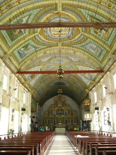 interior of Bohol Church - http://www.toploadingforlife.com/what-youll-find-while-motorcycling-through-the-south-of-cebu/