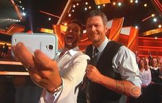 ❦  stephonay: But first, let me take a country selfie! Luke Bryan and Blake Shelton,  hosts of the 2014 ACM awards.