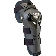"MOOSE RACING XCR KNEEGUARDS High impact polypropylene shell. Slotted hinge mechanism allows fluent knee articulation. Vented shell to provide cooling airflow. Hinged knee provides lateral and forward support.  ""VISIT SITE"" ABOVE FOR ALL INFO."