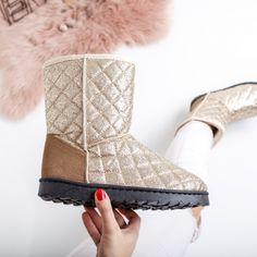 cizme aurii pret cizme aurii ieftine Cauta acum Haine online ieftine si de firma din magazinele online de haine! Ugg Boots, Uggs, Shoes, Fashion, Moda, Zapatos, Shoes Outlet, Fashion Styles, Shoe