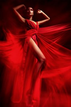 a-lady-in-red:---<3 <3 #aLadyinRed
