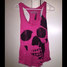 HOT TOPIC skull tank top Size Small Hot Topic Tops Tank Tops