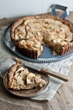Vegan Apple & Apricot Tart