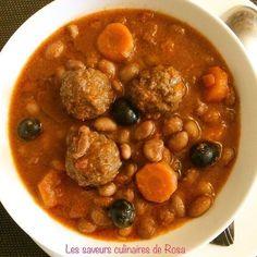 Haricots blancs aux boulettes de viande et aux olives