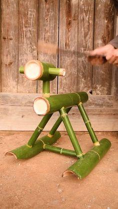 Maravillosas creaciones con bambú crudo natural y herramientas sencillas (vídeo, Bamboo Art, Bamboo Crafts, Wood Crafts, Paper Crafts, Bamboo Ideas, Diy Home Crafts, Diy Arts And Crafts, Creative Crafts, Fun Crafts