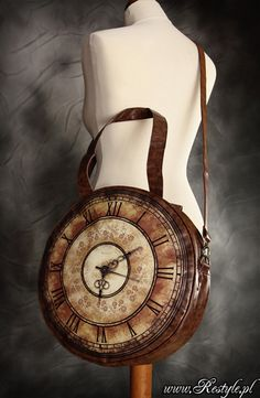 Steampunk, baby!!! Victorian Clock Bag by ~Euflonica (http://www.ebay.com/itm/Large-Restyle-Steampunk-Clock-Handbag-Bag-Brown-Faux-Leather-Goth-Victorian-/390954642630)