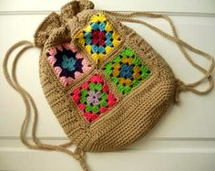 kare-motifli-tığ-işi-örgü-sırt-çantası-modeli