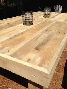 DIY Recycled Pallets Rustic Table
