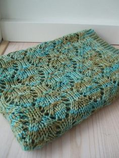 My favourite summer pattern project. Baby blanket by Lykke og Løkker, via Flickr