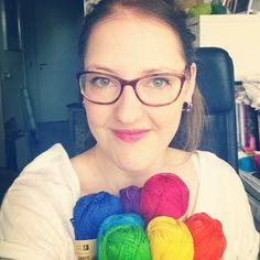 rainbow yarn, a post on the Instagram account of Wink from @acreativebeing