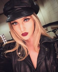 little mix, perrie edwards, and perrie image Jesy Nelson, Little Mix Perrie Edwards, Perry Little Mix, Little Mix Outfits, Hip Hop, Litte Mix, Girl Bands, Female Singers, Girl Crushes