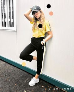 Hipster, Sporty, Clothes For Women, Chic, Celebrities, Instagram, Female Outfits, Style, Ideas
