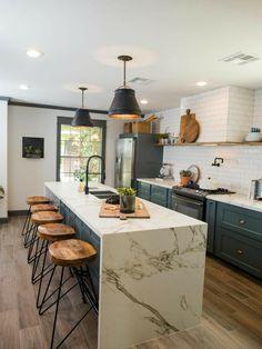 Modern Kitchen Cabinets, Farmhouse Kitchen Decor, Kitchen Colors, Home Decor Kitchen, Kitchen Flooring, Kitchen Countertops, Kitchen Backsplash, New Kitchen, Kitchen Sink