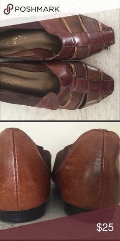 """Vintage 1980s Leather Pointed Flats Size 8 Arpeggio's Leather Flats Sandal Loafer Pointed Toe Brown and Bronze  Size 8 Insole 10"""" Ball Width 3"""" Arpeggio's Shoes Flats & Loafers"""