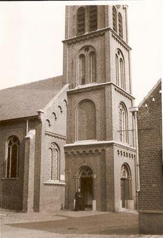 Kerk Ommel Pastoor Vogels