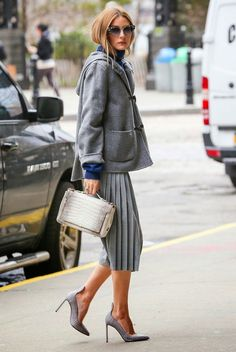 Pleated skirt and grey heels  | For more style inspiration visit 40plusstyle.com