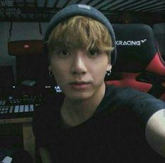 Bunny and Angry Foto Jungkook, Foto Bts, Suga Rap, Jungkook Oppa, Taehyung, Jung Kook, Jung Hyun, Namjin, Jikook