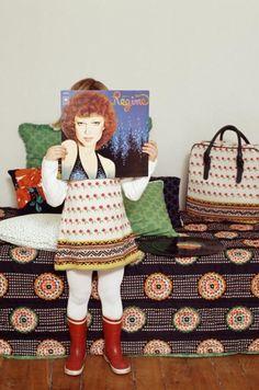 Le Petit Lucas du Tertre pattern children's dress and matching bag winter 2011