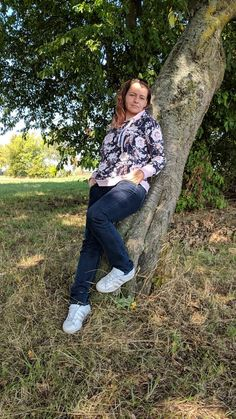 """Shirt """"Elina"""" genäht von Sandra Raglan Shirts, Dress Outfits, Dresses, Hipster, Pullover, Style, Fashion, Nice Asses, Gowns"""