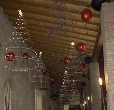 Allestimento Natale 2011 Cantine Bersi Serlini Collaborazione con Maskot23 & Scengraffity