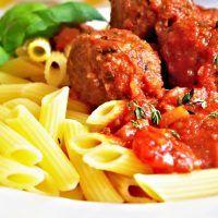 Recept : Italské masové kuličky polpette s rajčatovou omáčkou | ReceptyOnLine.cz - kuchařka, recepty a inspirace Ethnic Recipes, Food, Essen, Meals, Yemek, Eten