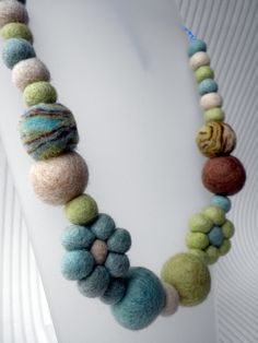 Wool Felt Flowers and Bead Necklace