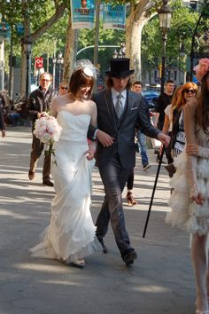 #WeddinginBarcelona love #PasseigdeGracia!!