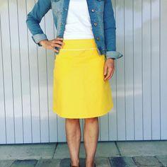 knallige Amy nach einem jolijou-Schnittmuster #meesundmees #jolijou #sommerrock #nähen #sommeroutfit #sewing #naaien #schnittmuster #ebook #modedesign #nähenmachtglücklich Amy, Trends, Outfit, Skirts, Tops, Fashion, Skirt Sewing, Sewing Patterns, Curve Dresses