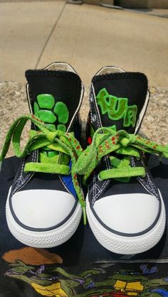 Custom Green Ooze Glow In The Dark Laces And Tongues On These Custom Teenage Mutant Ninja Turtles Converse Chuck Taylor All Stars Toddler Kids Size weirdartsociety@gmail.com