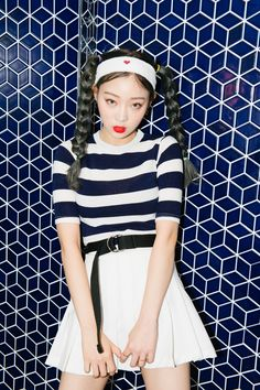 #mixxmix Stripe Print Crew Neck T-Shirt (BVWY) - Highlight your curves and don this slim fitting t-shirt. #mxm #hideandseek #has #365basic #bauhaus #99bunny#koreanfashionstyle #girlsfashion #lovelywoman #kstyle #koreangirls #streetfashion #twinlook #dailyoutfit #styling