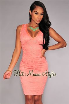Peach Lace Ruched Key-Hole Back Padded Dress