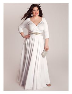 Love this long sleeve v-neck #plus #size Wedding Gown | Sonsi