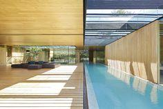 INOUT House / Joan Puigcorbé