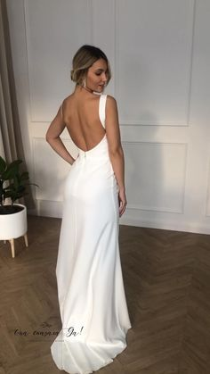 Civil Wedding Dresses, Simple Wedding Gowns, Minimalist Wedding Dresses, Dream Wedding Dresses, Bridal Dresses, Slip Wedding Dress, Minimal Wedding Dress, Strappy Wedding Dress, After Wedding Dress