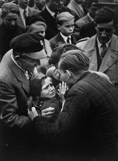 World Press Photo of the Year Helmuth Pirath 1956
