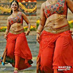 Anushka Sharma Bikini, Anushka Shetty Saree, Bollywood Actress Hot Photos, Beautiful Bollywood Actress, Beautiful Girl Indian, Most Beautiful Indian Actress, Hot Actresses, Indian Actresses, Sneha Actress