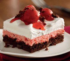 Black Forest Dream Bars Recipe | I love my food